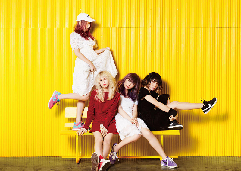 SCANDAL-Yellow-Artist-Photo