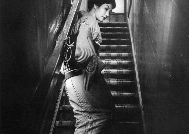 When a Woman Ascends the Stairs (1960) © Toho Co., Ltd.